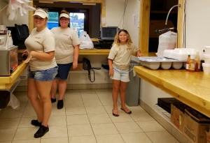 seafood restaurant cashier